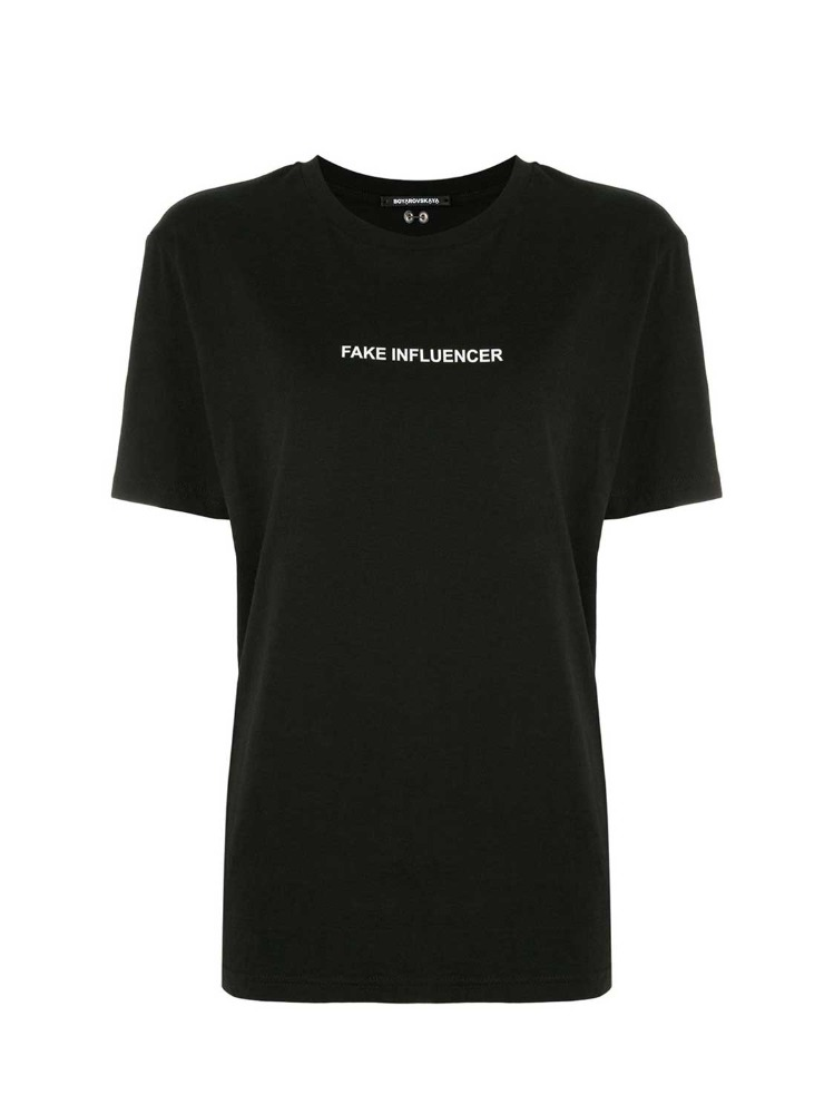 """FAKE INFLUENCER"" T-SHIRT WITH PIERCING DETAIL - 아데쿠베"