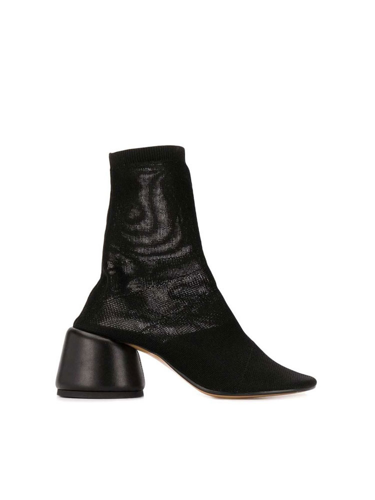MM6 니트 앵클 부츠 힐   BLACK STRETCH KNIT ANKLE  BOOTS - 아데쿠베