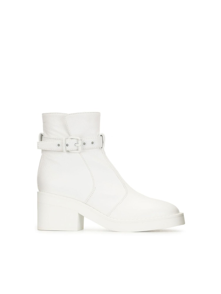 CHUNKY ANKLE BOOTS - 아데쿠베
