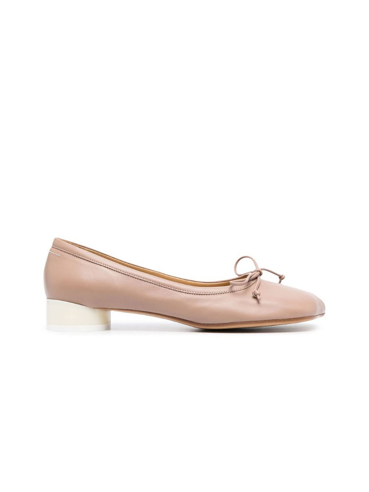 BALLERINAS WITH 6 STAMP HEEL - 아데쿠베