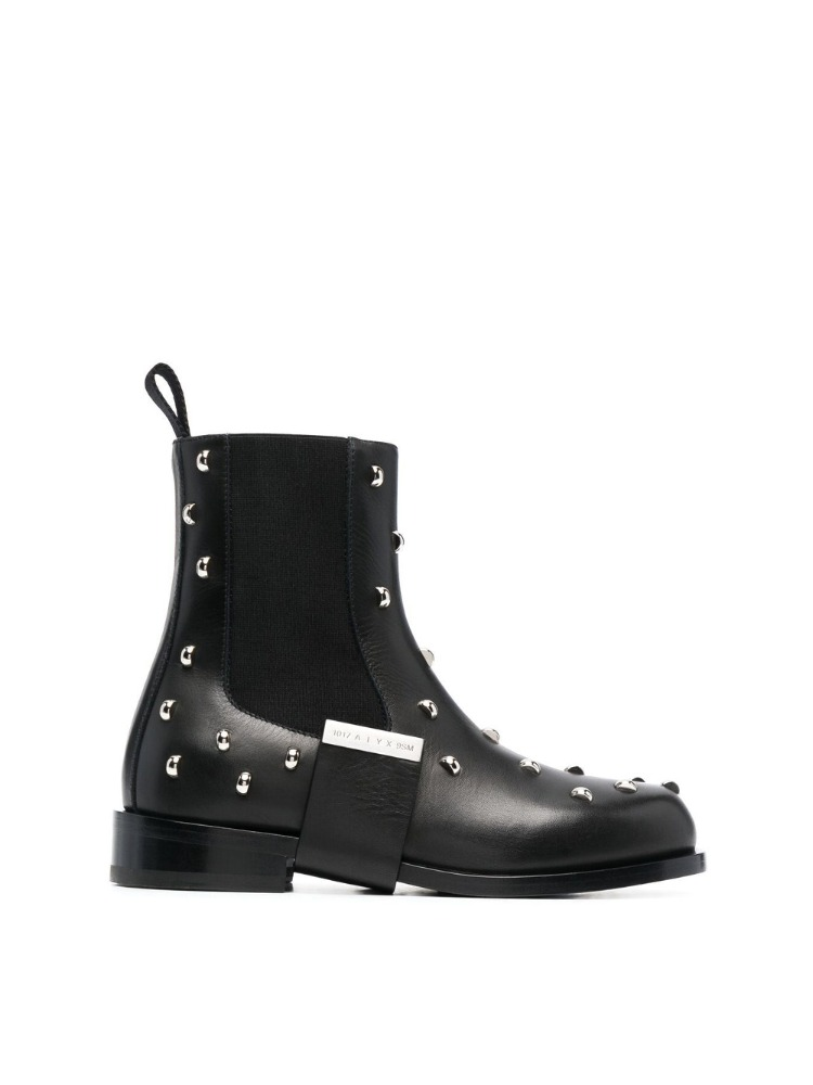 LEATHER STRAP STUDDED  CHELSEA BOOT - 아데쿠베